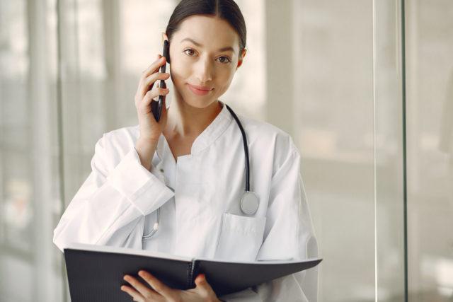 Koronawirus: wytyczne postępowania dla lekarzy POZ i NiŚOZ