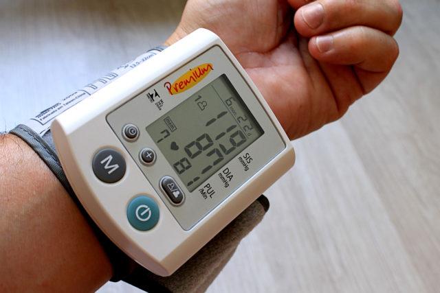 Typowe cechy nadciśnienia tętniczego w starości i jego rozpoznawanie